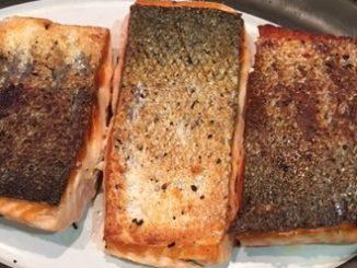 Pan Seared Salmon with Crispy Skin Recipe